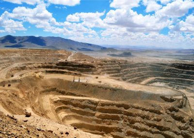 Estudio de Amenaza Sísmica, Minera Lomas Bayas. M&S Ingeniería.